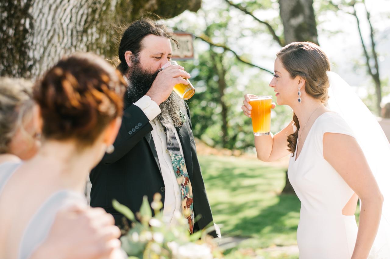 white-salmon-washington-gorge-wedding-068.jpg