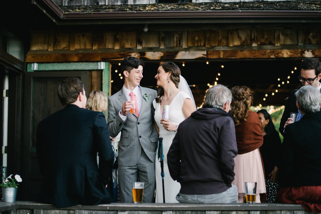 white-salmon-washington-gorge-wedding-078.jpg
