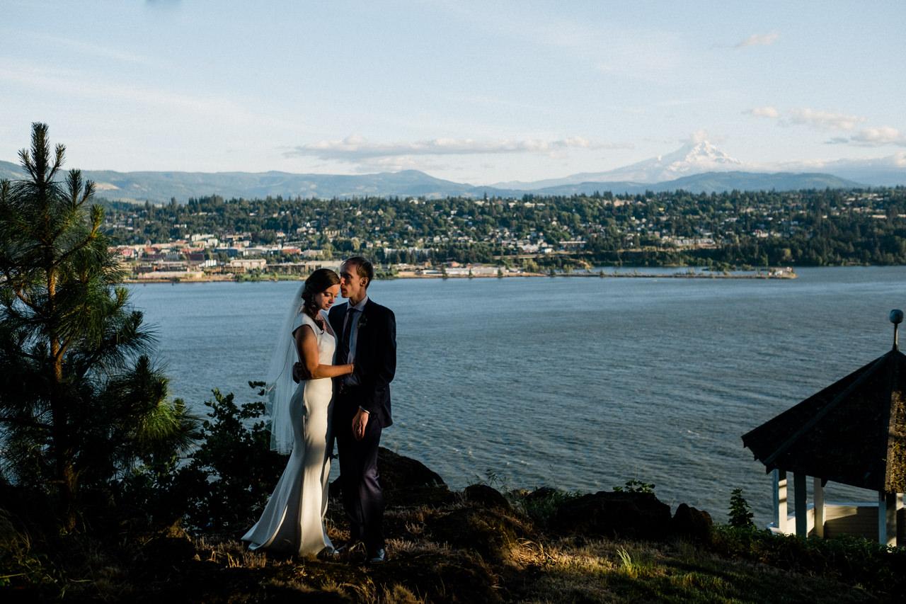 white-salmon-washington-gorge-wedding-083.jpg