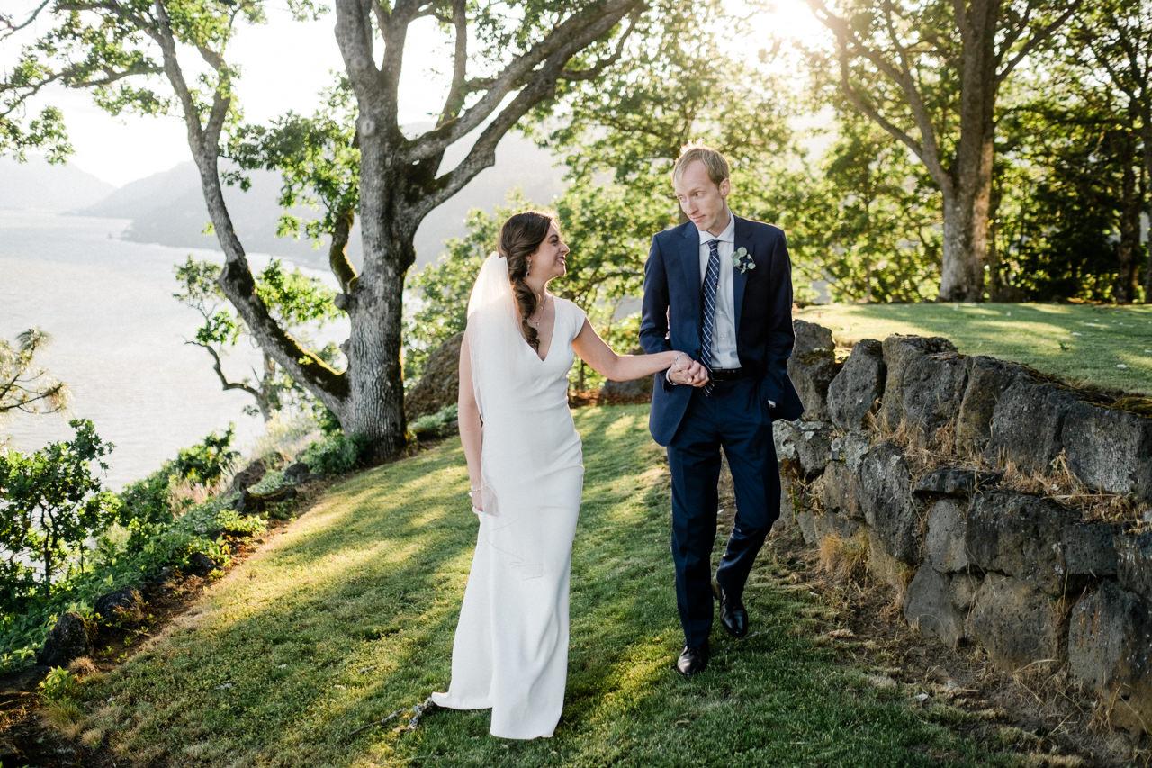 white-salmon-washington-gorge-wedding-082.jpg