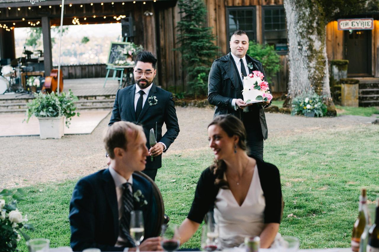 white-salmon-washington-gorge-wedding-091.jpg