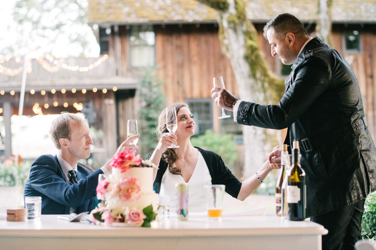 white-salmon-washington-gorge-wedding-094.jpg