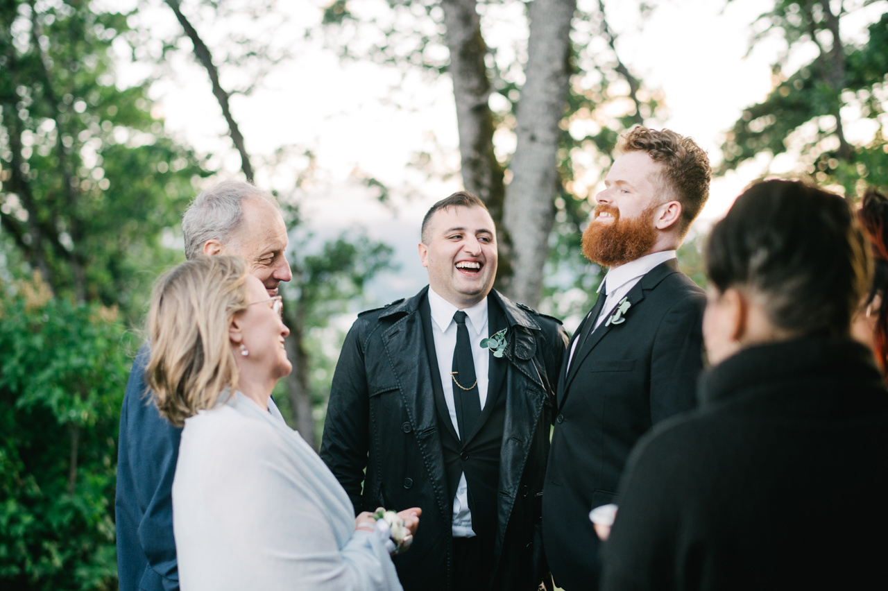 white-salmon-washington-gorge-wedding-097.jpg