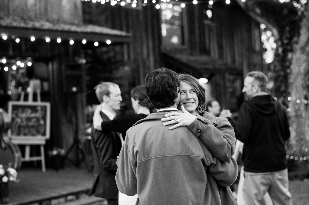 white-salmon-washington-gorge-wedding-109.jpg