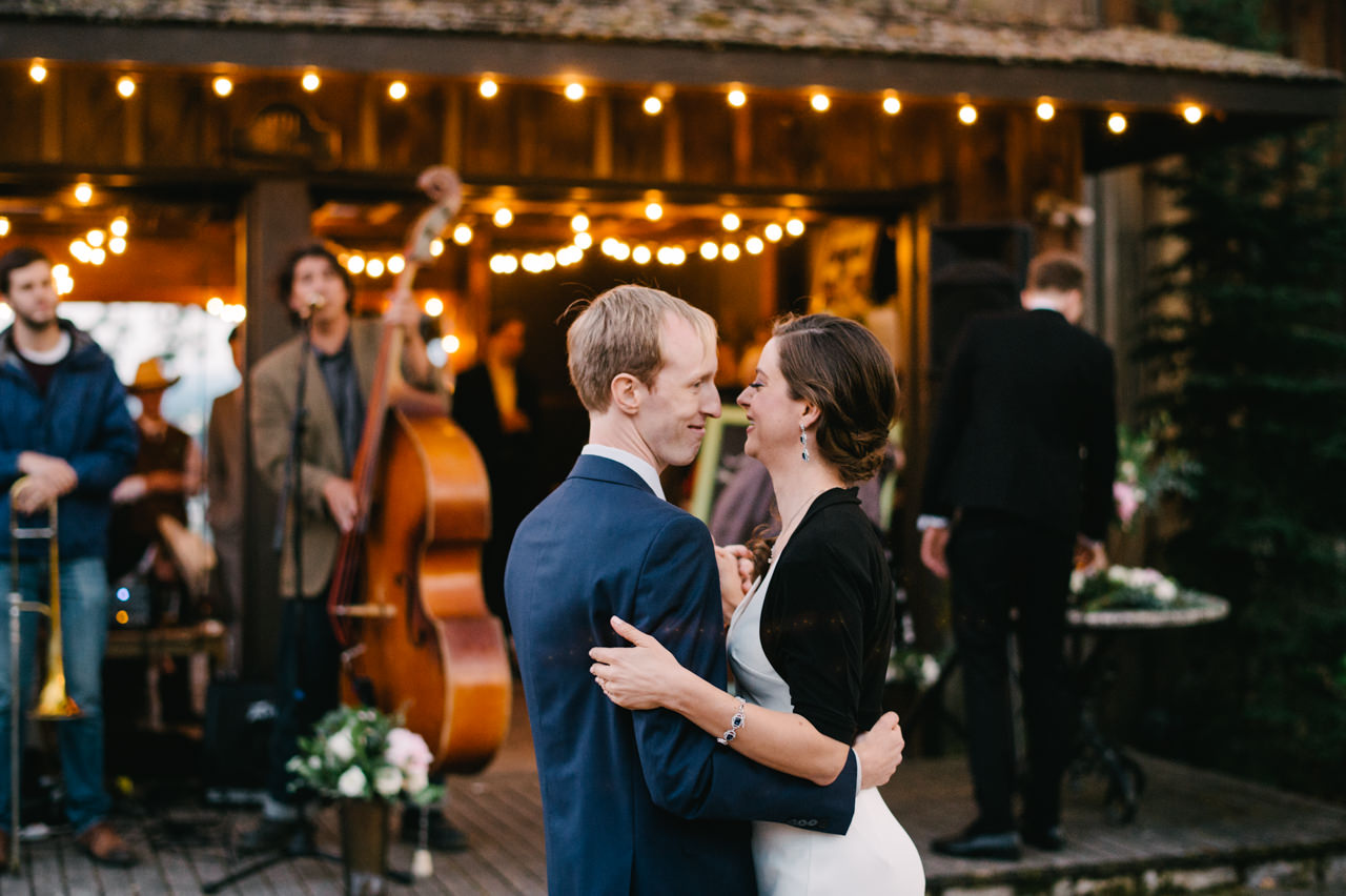 white-salmon-washington-gorge-wedding-112.jpg