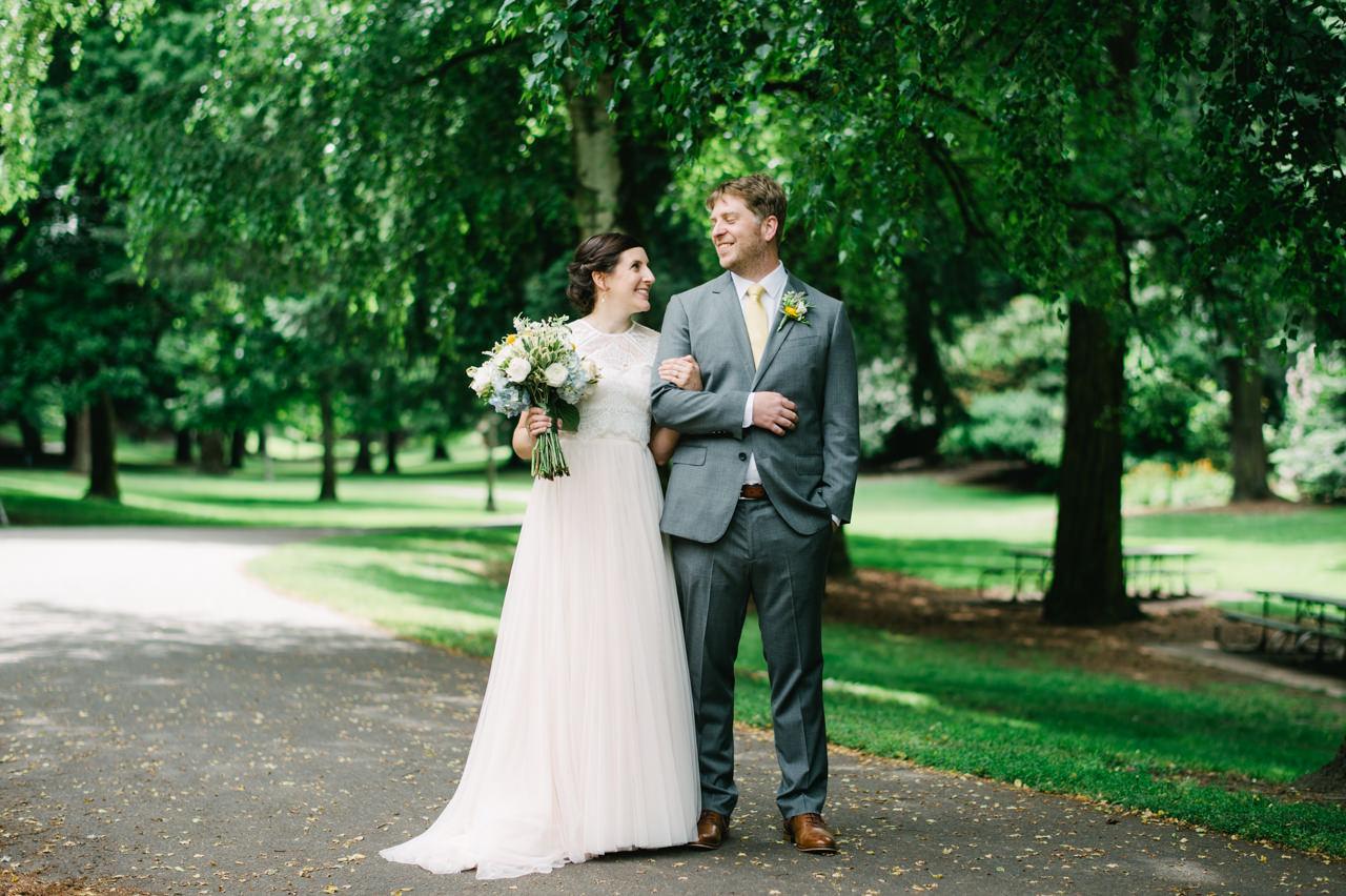 laurelhurst-club-portland-wedding-027.jpg