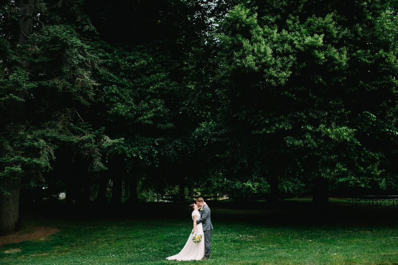 laurelhurst-club-portland-wedding-028.jpg