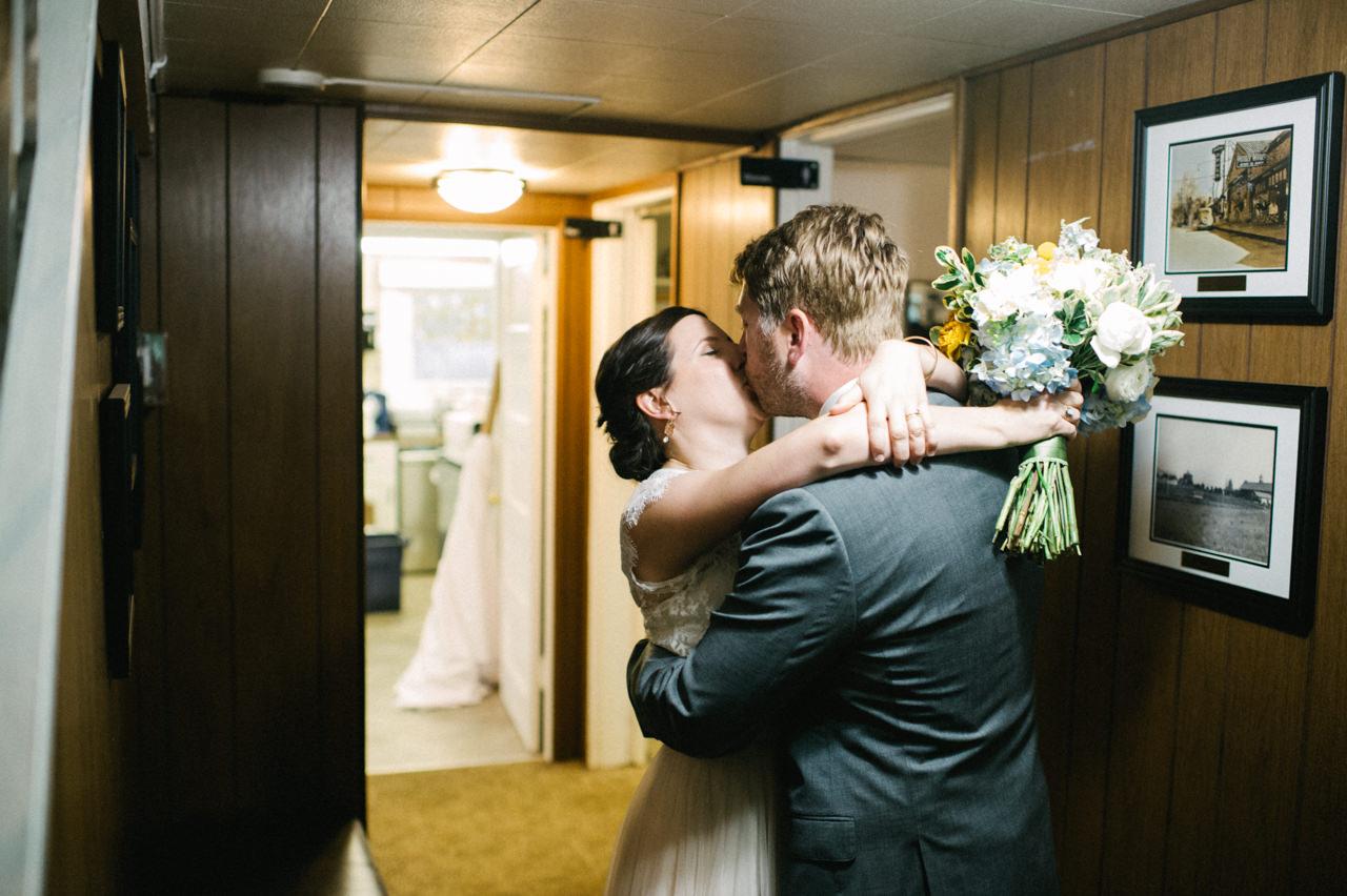 laurelhurst-club-portland-wedding-054.jpg