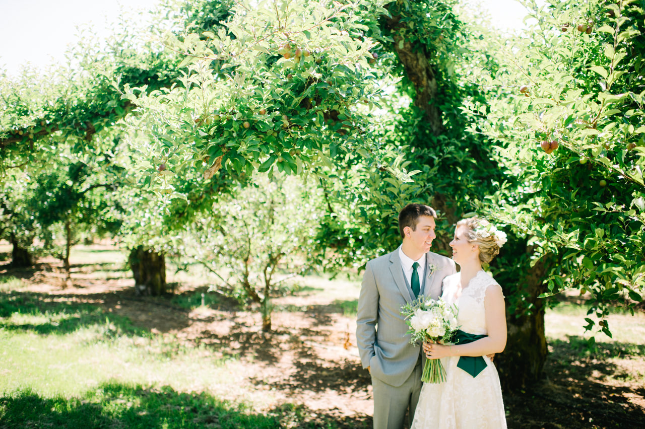 mt-view-orchards-oregon-wedding-036.jpg