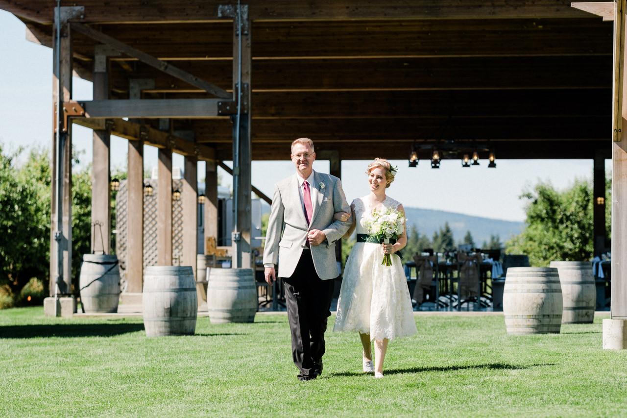 mt-view-orchards-oregon-wedding-047.jpg