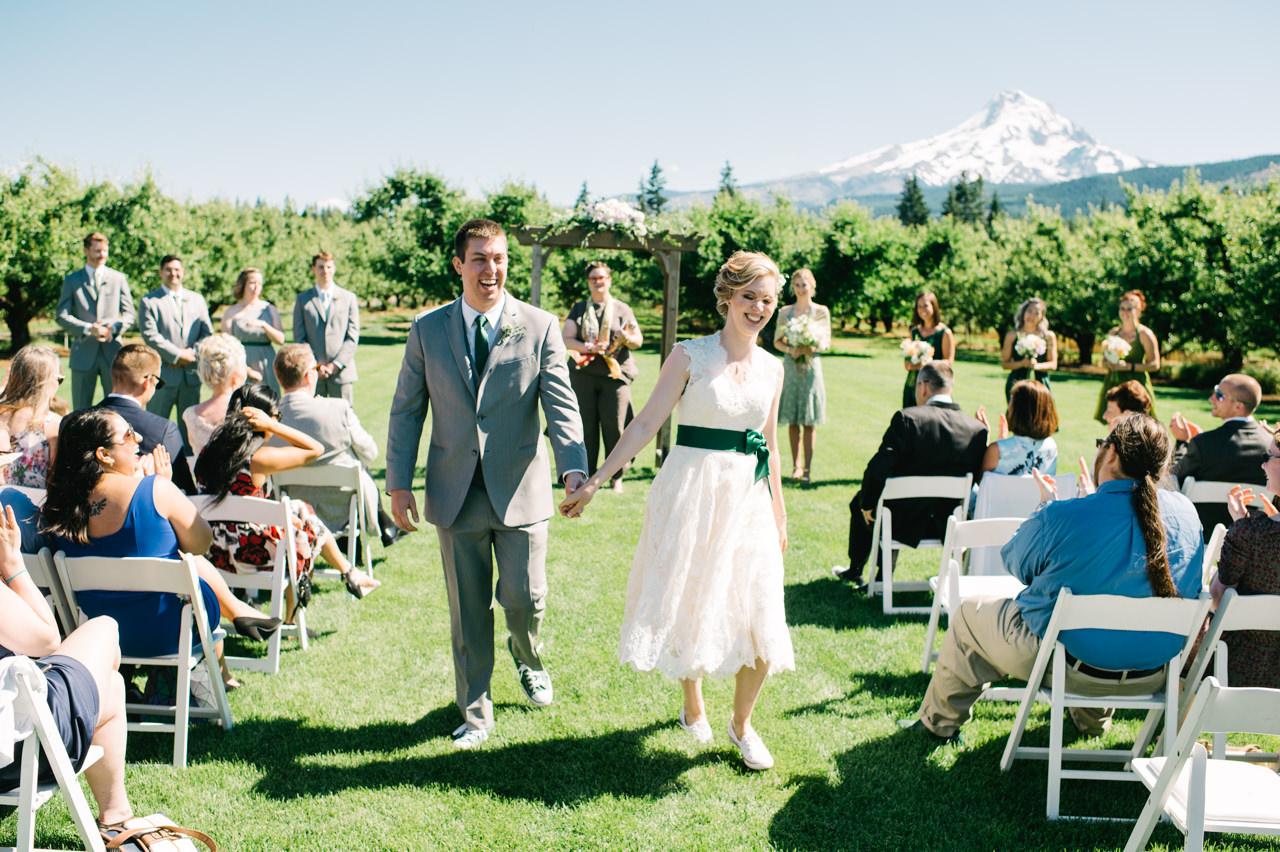 mt-view-orchards-oregon-wedding-060.jpg