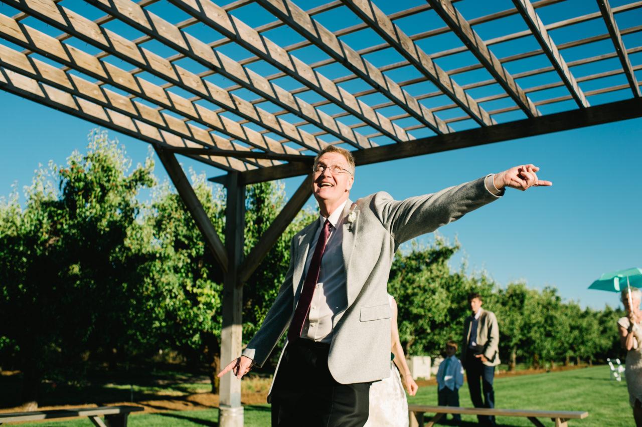 mt-view-orchards-oregon-wedding-096.jpg