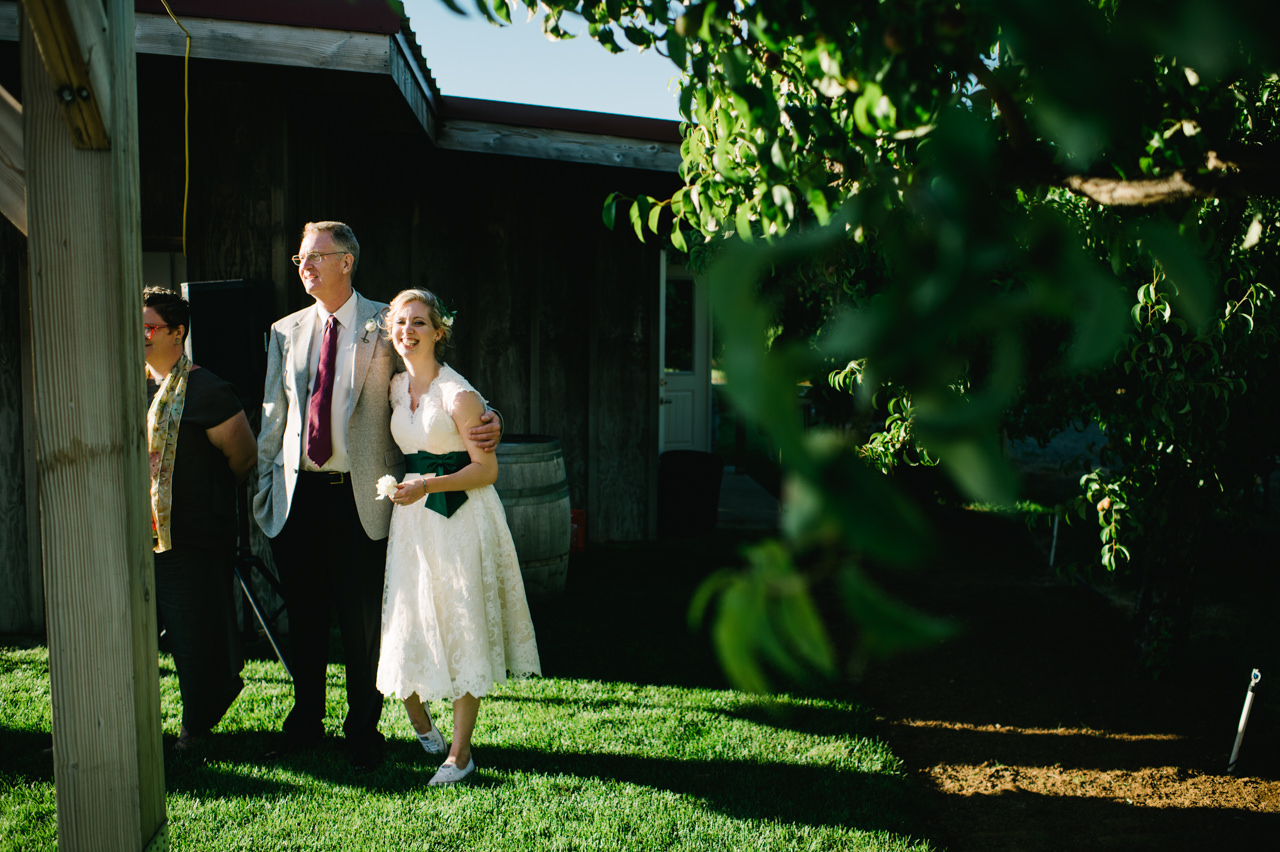 mt-view-orchards-oregon-wedding-098.jpg