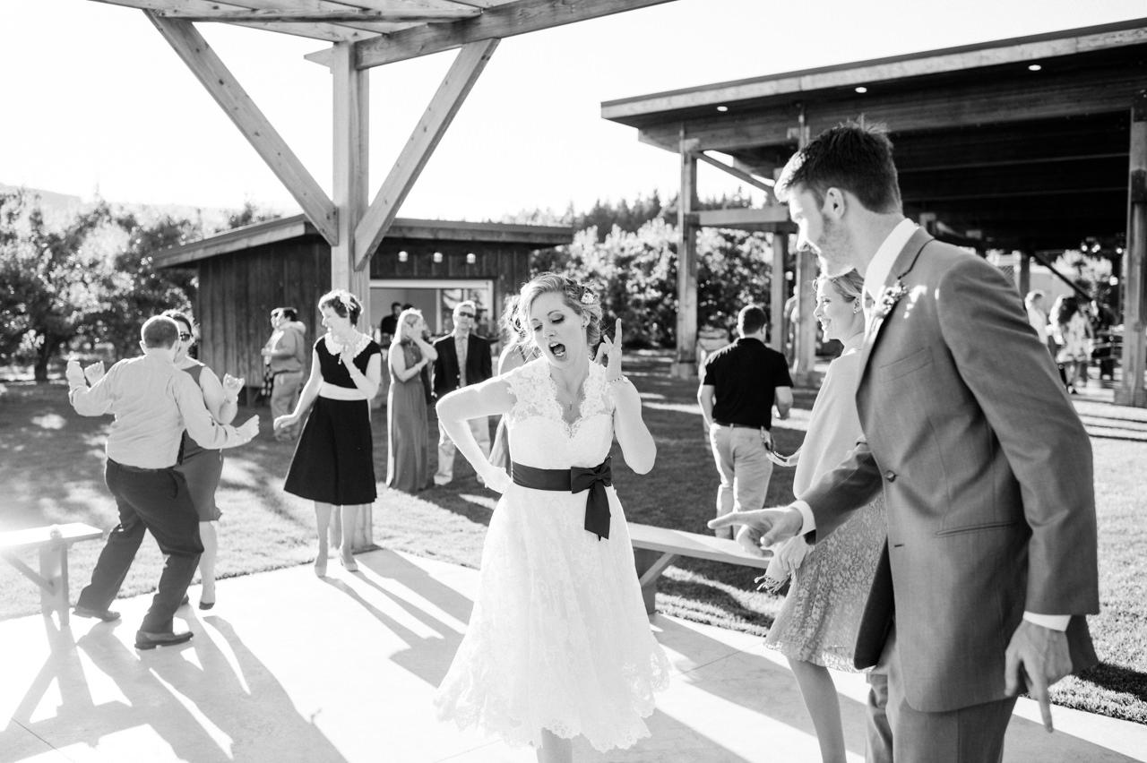 mt-view-orchards-oregon-wedding-101.jpg