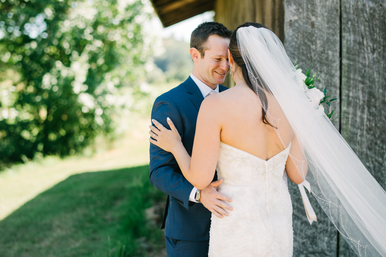 zenith-vineyards-salem-oregon-wedding-031.jpg