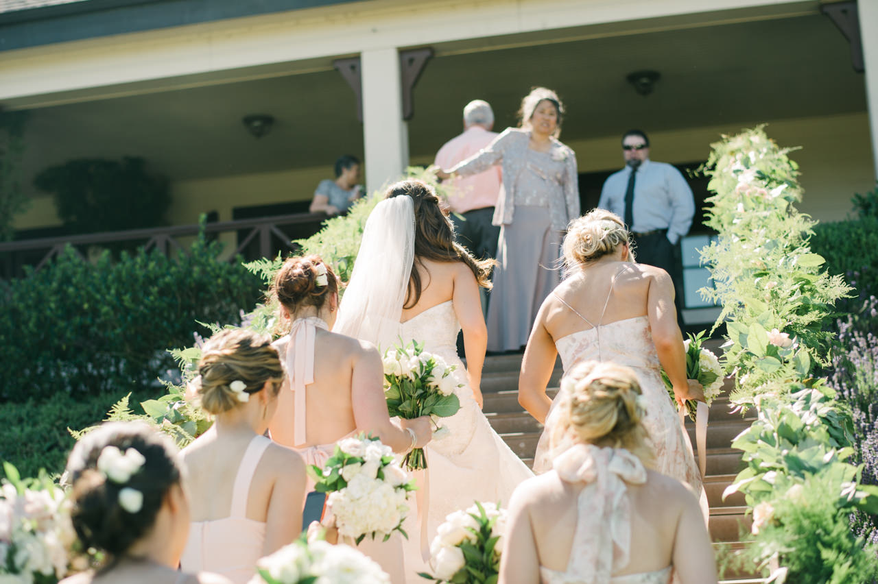 zenith-vineyards-salem-oregon-wedding-040b.jpg