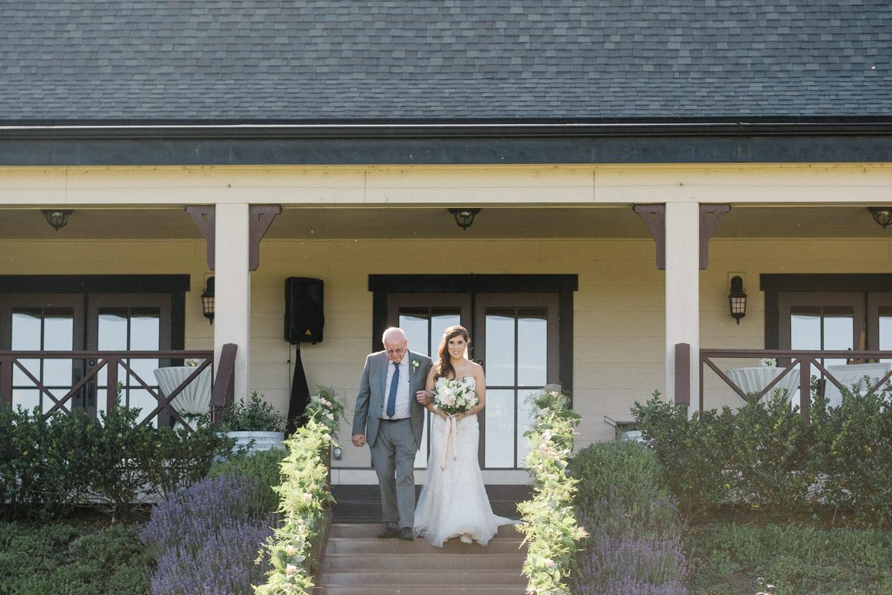 zenith-vineyards-salem-oregon-wedding-048.jpg