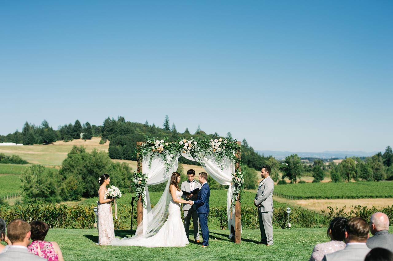 zenith-vineyards-salem-oregon-wedding-051.jpg