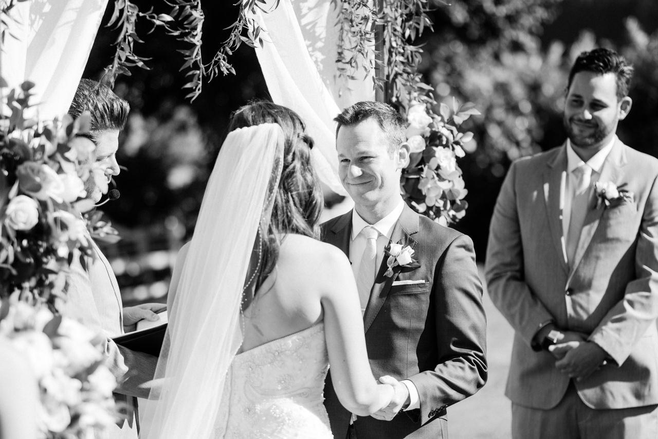 zenith-vineyards-salem-oregon-wedding-057a.jpg