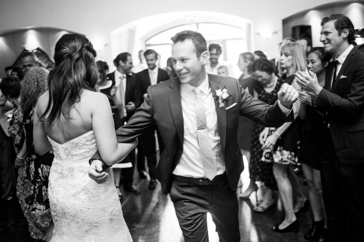 zenith-vineyards-salem-oregon-wedding-074.jpg