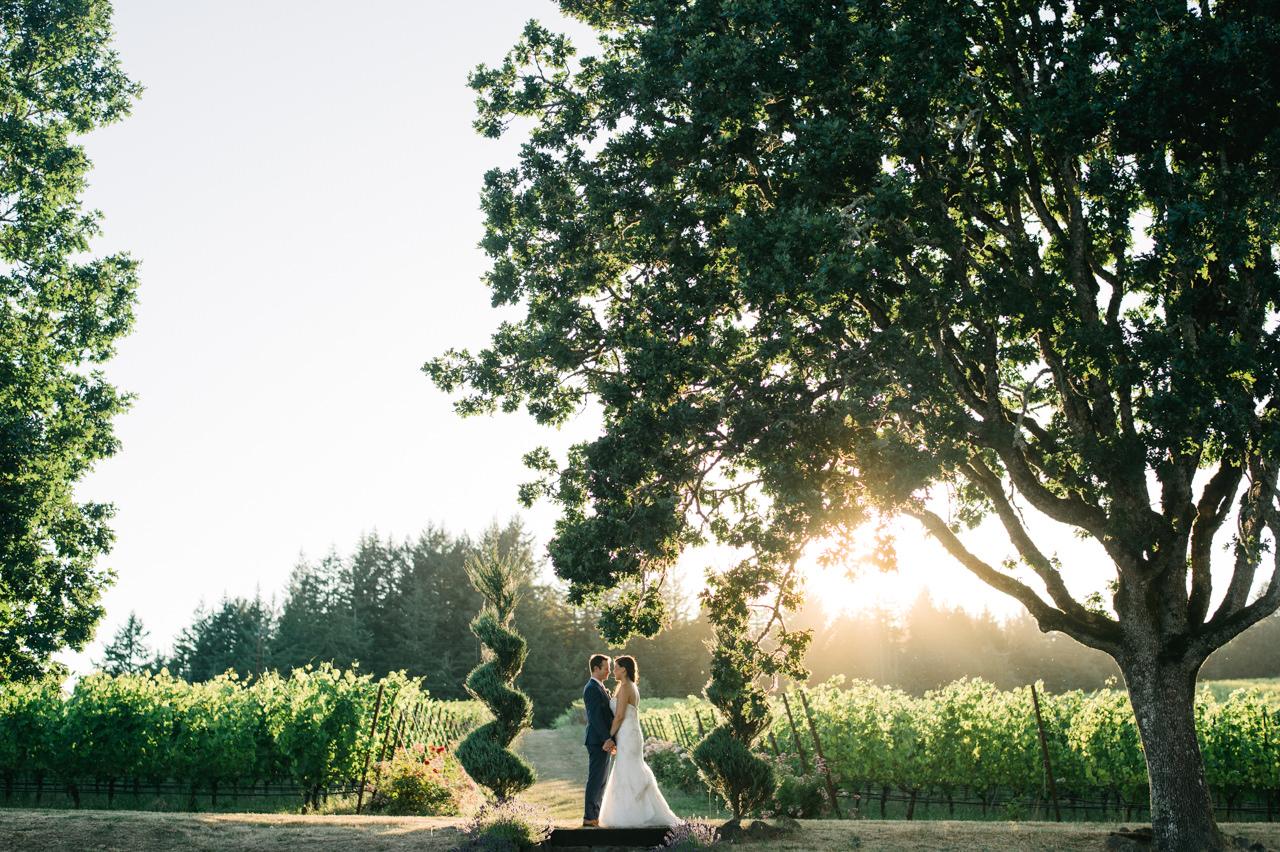 zenith-vineyards-salem-oregon-wedding-078.jpg