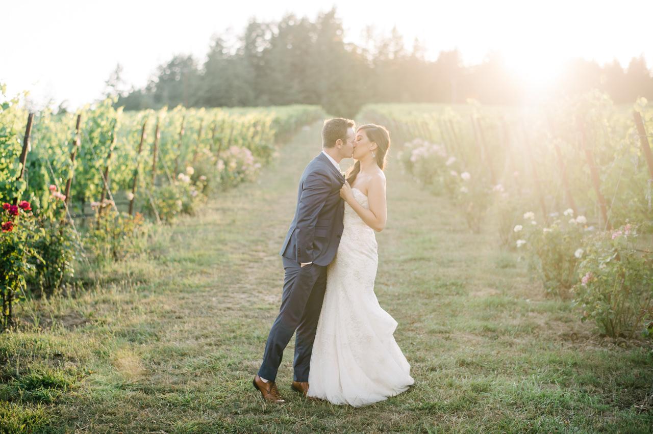 zenith-vineyards-salem-oregon-wedding-085a.jpg
