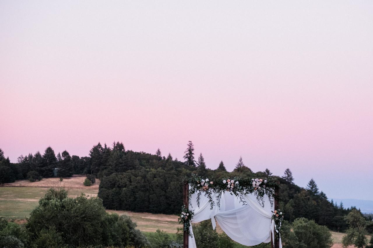 zenith-vineyards-salem-oregon-wedding-098.jpg