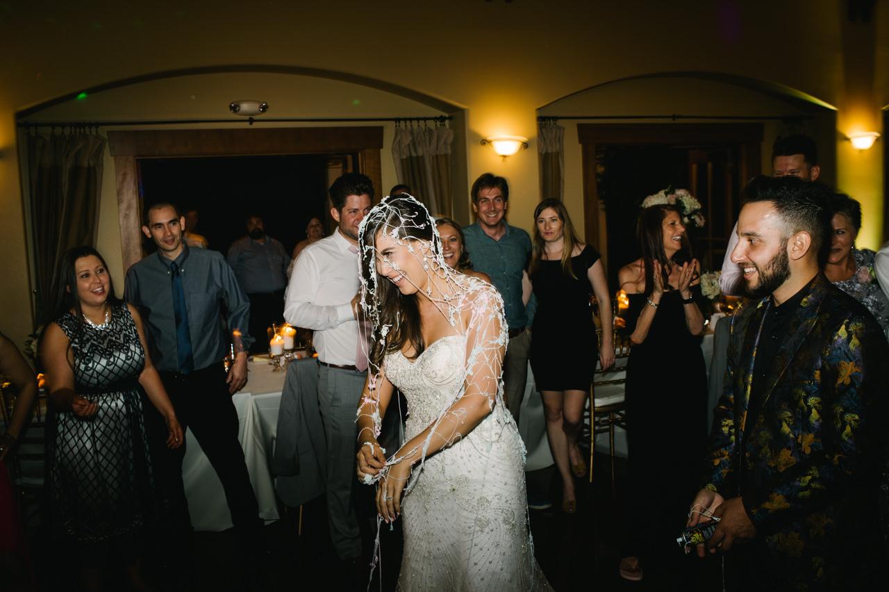 zenith-vineyards-salem-oregon-wedding-120.jpg