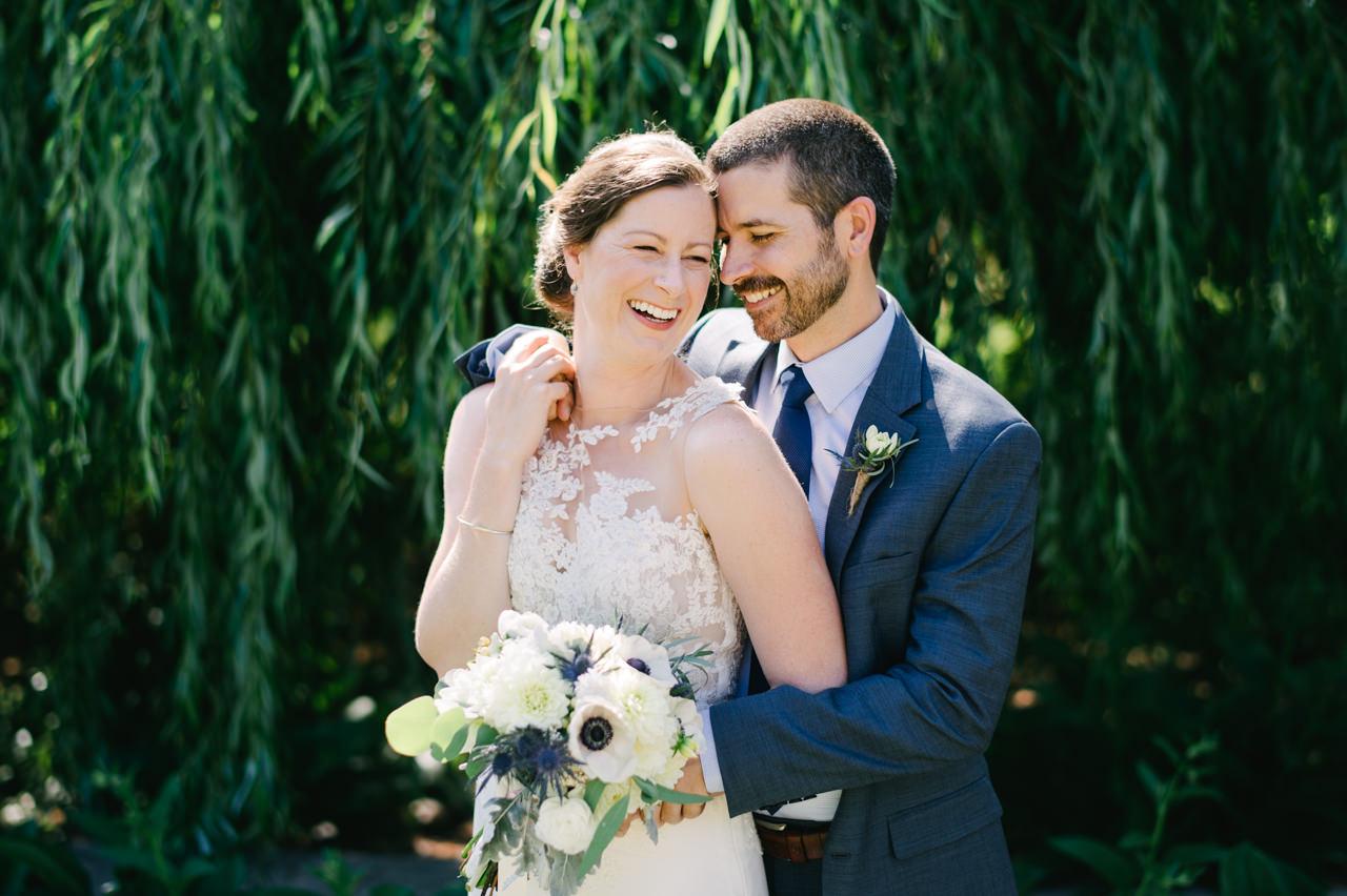 trout-lake-abbey-washington-wedding-039.jpg