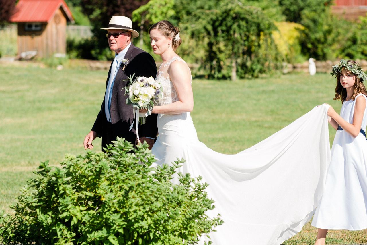 trout-lake-abbey-washington-wedding-047.jpg