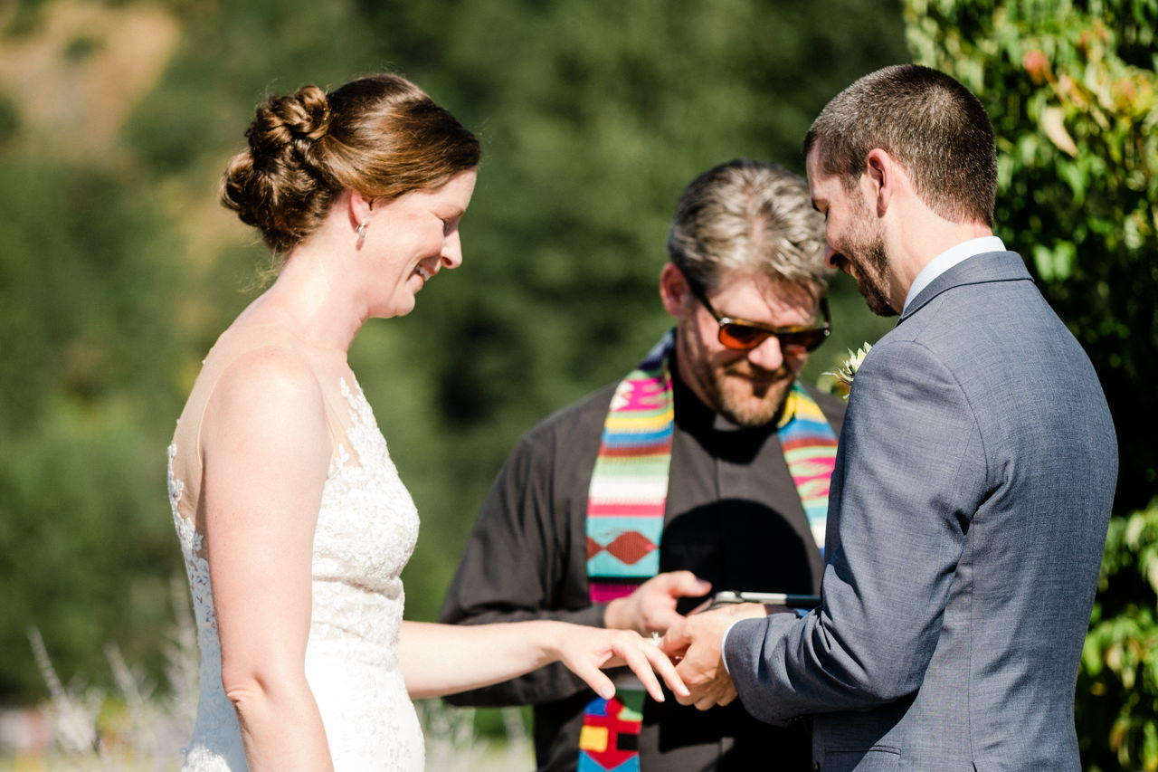 trout-lake-abbey-washington-wedding-065.jpg