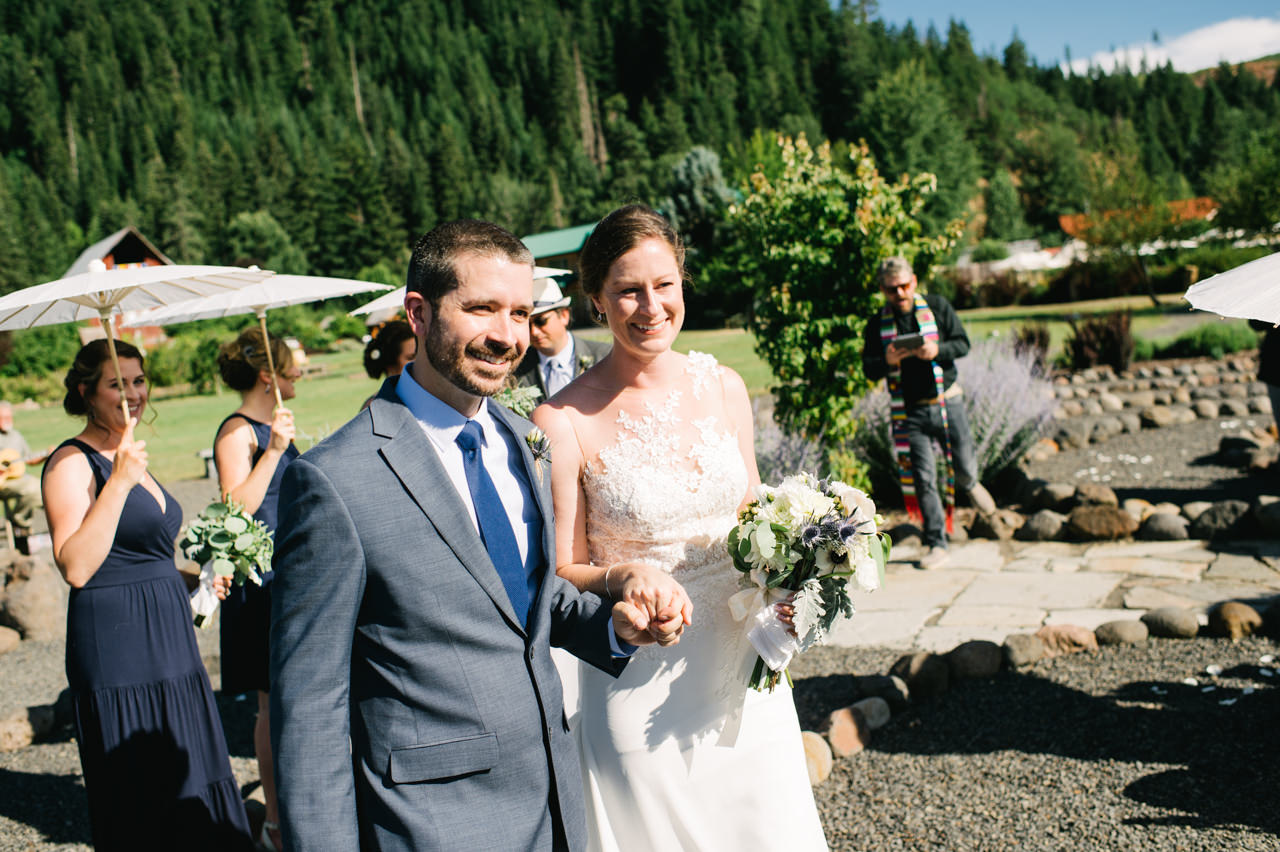 trout-lake-abbey-washington-wedding-070.jpg