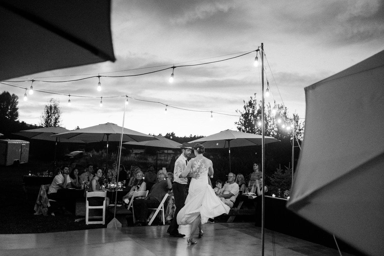 trout-lake-abbey-washington-wedding-135.jpg