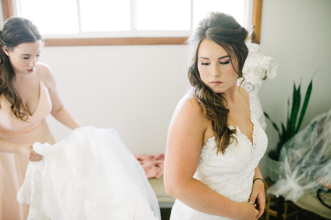 tin-roof-barn-washington-wedding-031.jpg