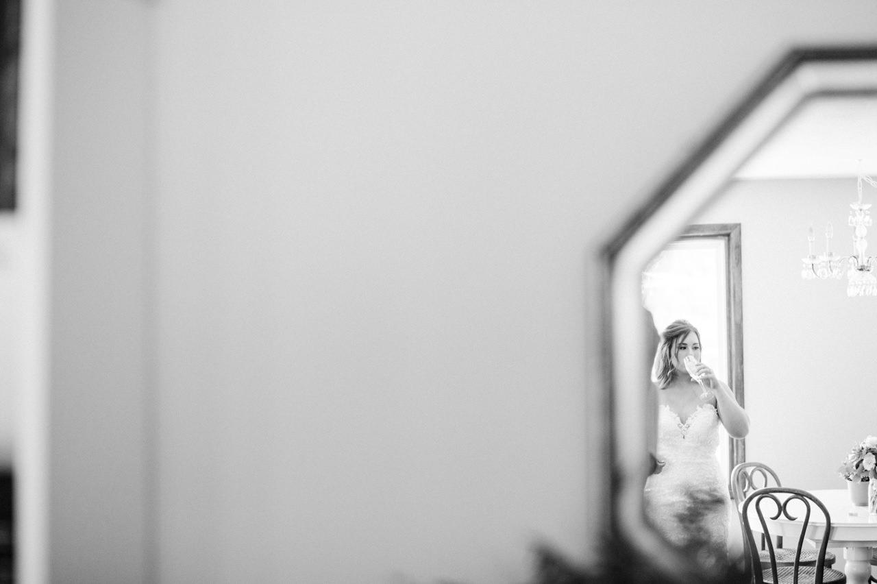 tin-roof-barn-washington-wedding-043.jpg