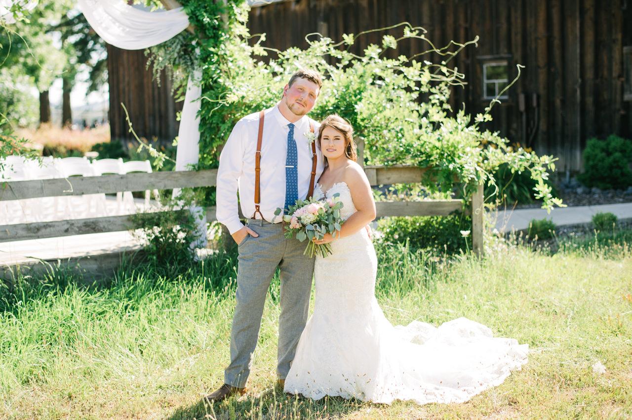 tin-roof-barn-washington-wedding-066.jpg