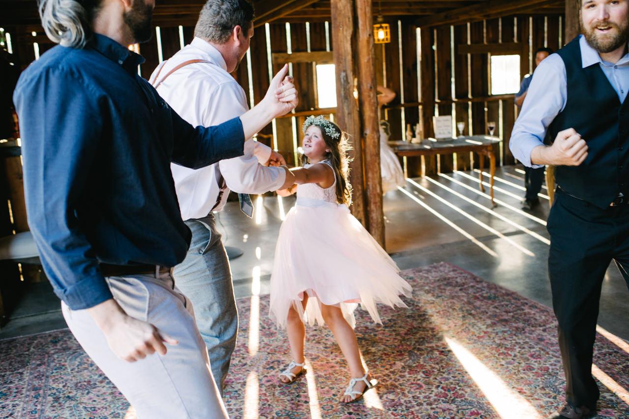 tin-roof-barn-washington-wedding-092.jpg