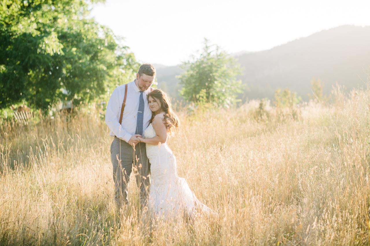 tin-roof-barn-washington-wedding-096.jpg