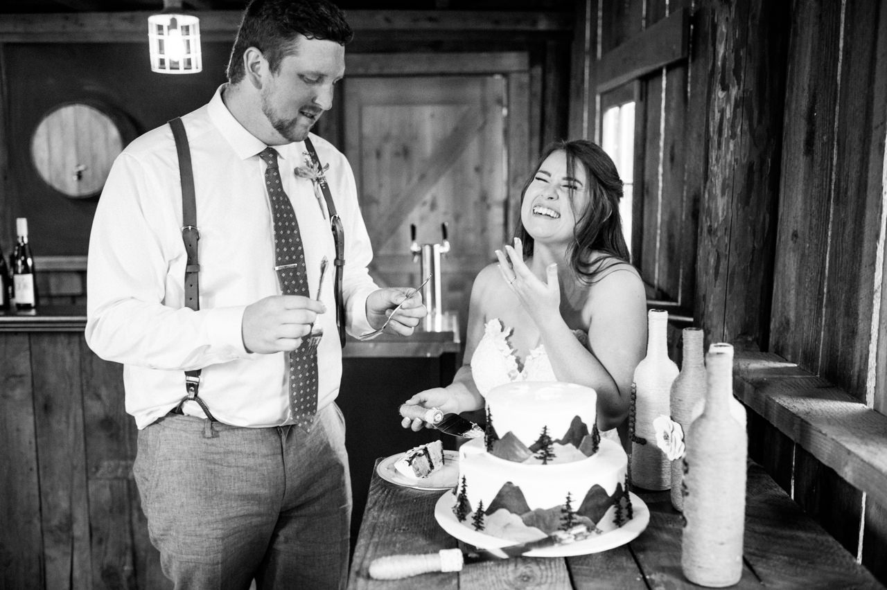 tin-roof-barn-washington-wedding-103.jpg