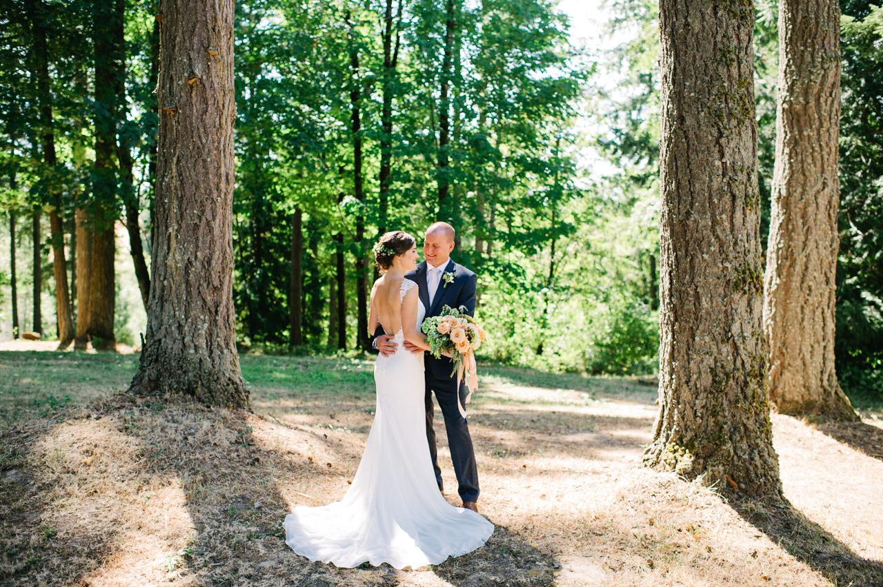 portland-farm-backyard-wedding-034.jpg