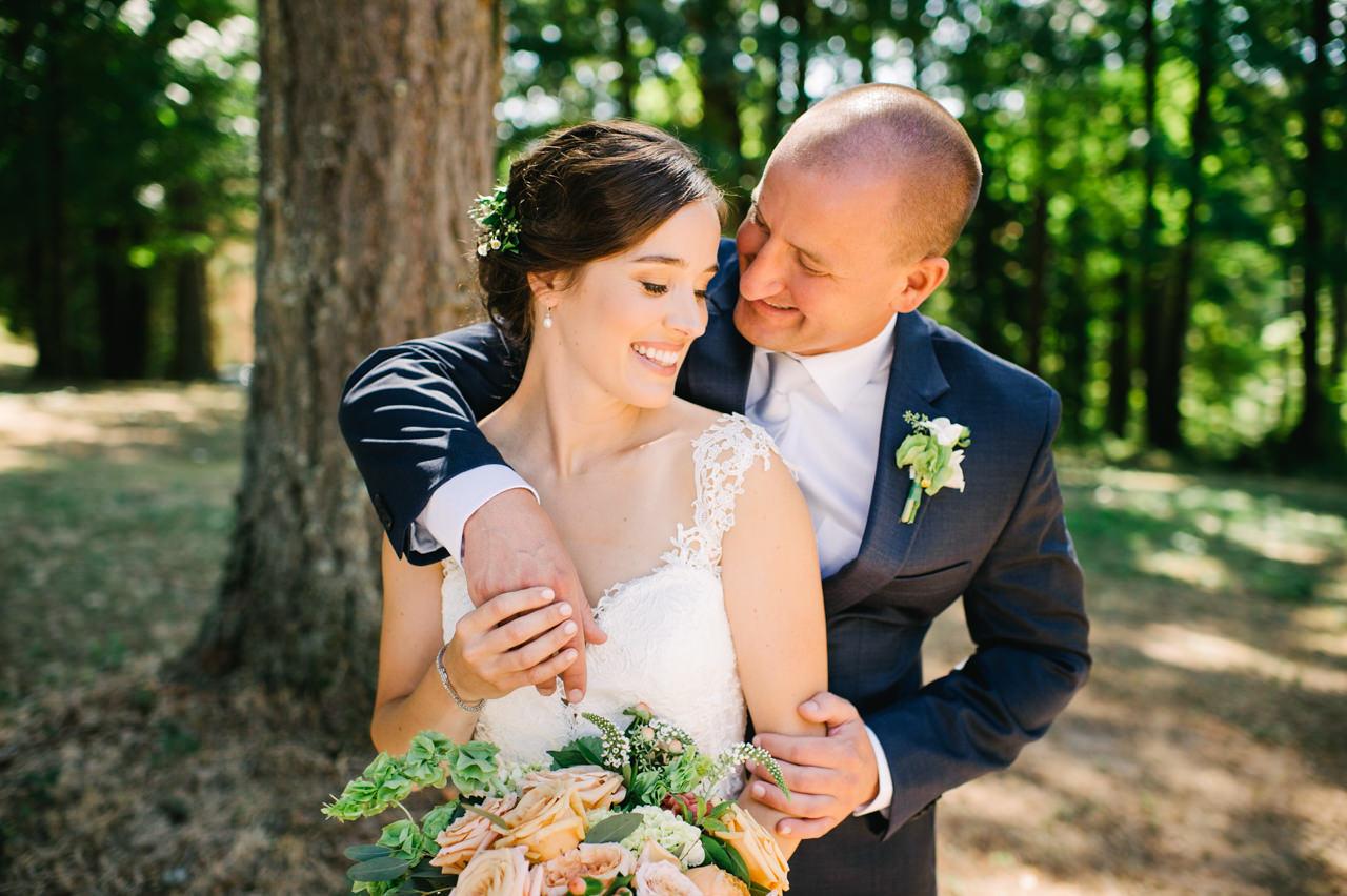 portland-farm-backyard-wedding-035.jpg