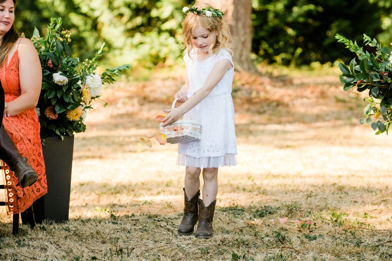 portland-farm-backyard-wedding-045.jpg