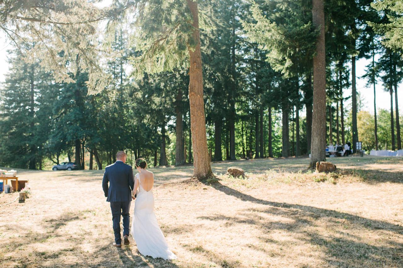 portland-farm-backyard-wedding-064.jpg