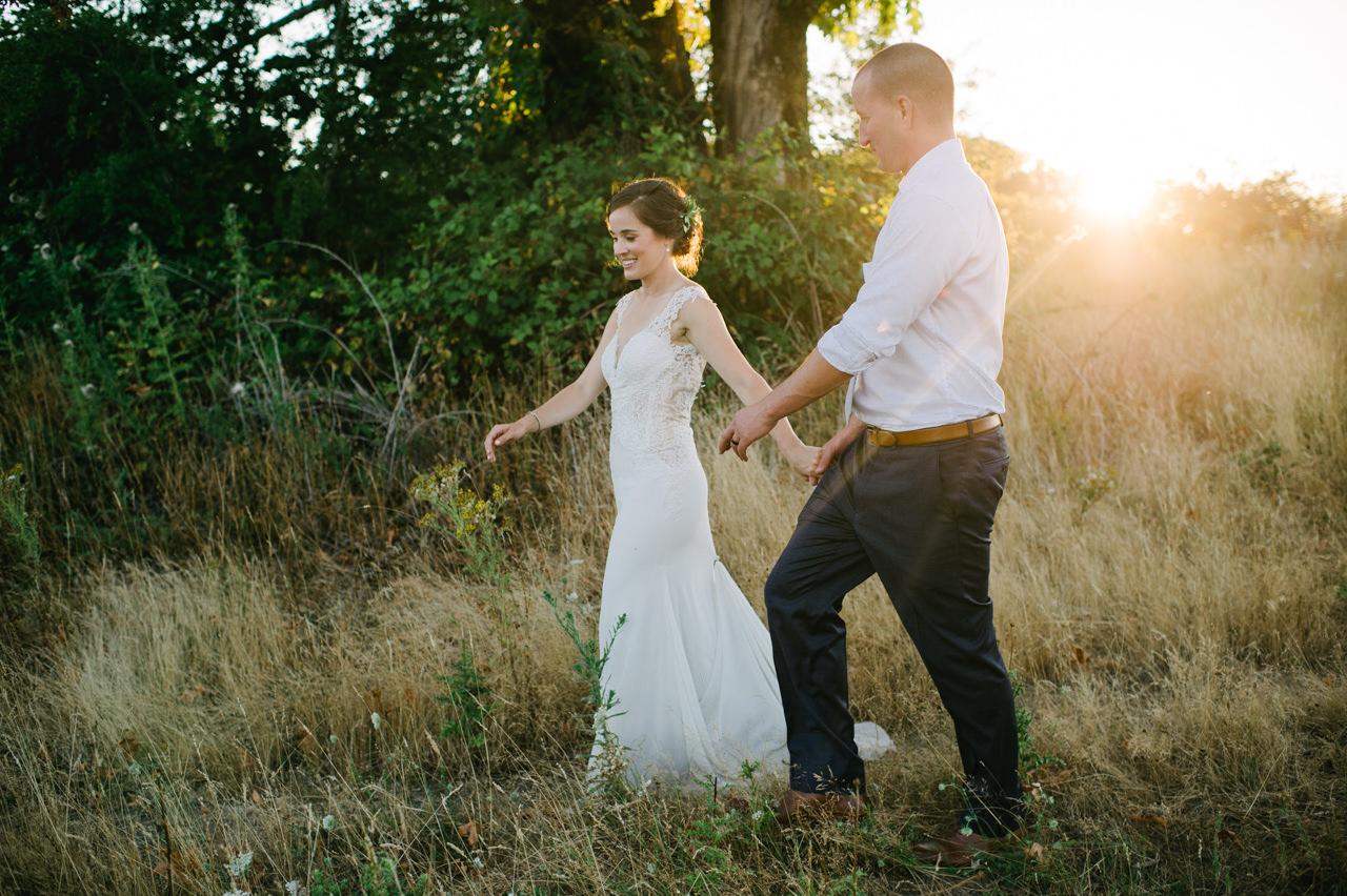 portland-farm-backyard-wedding-085.jpg