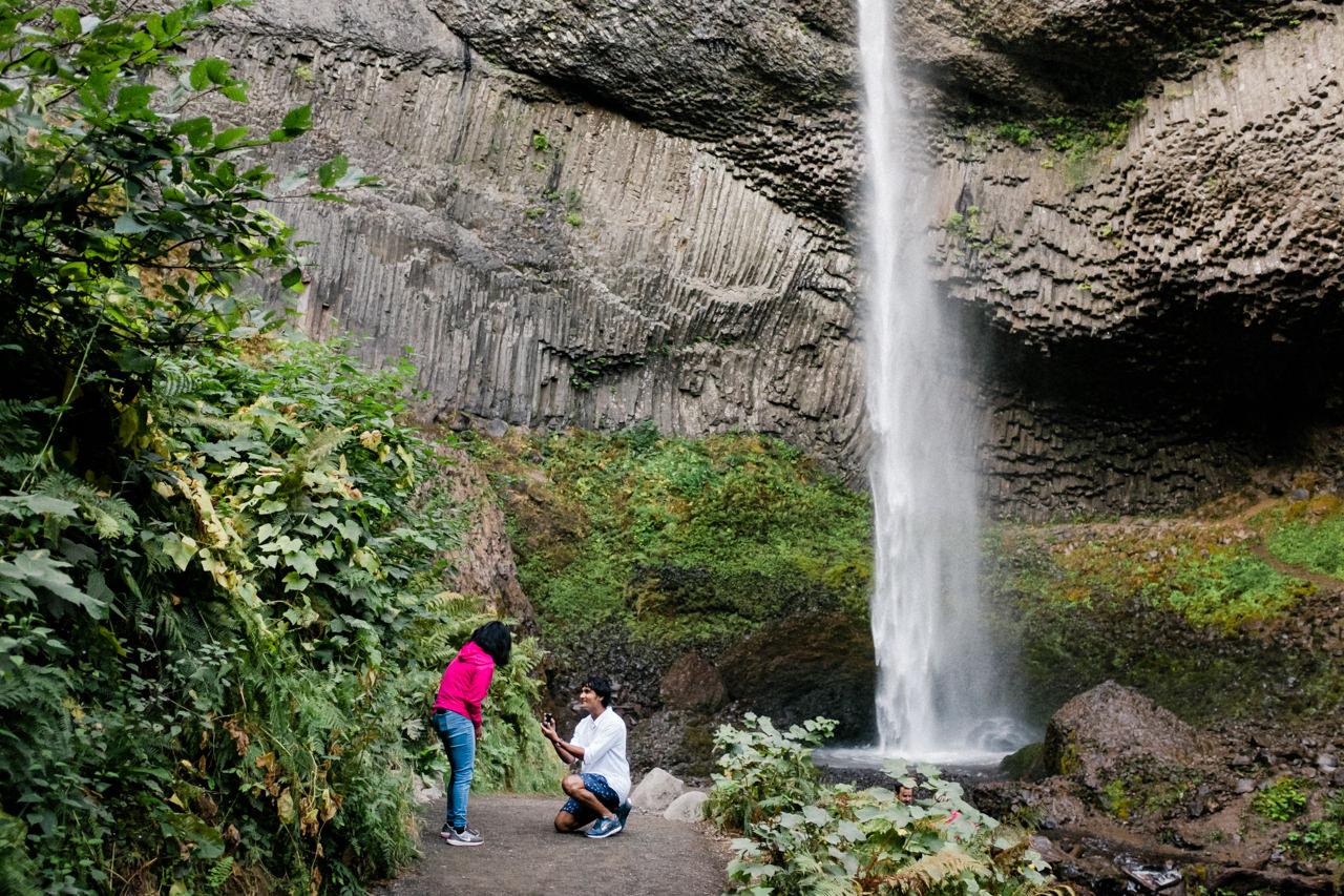 portland-latourell-falls-proposal-engagement-010.jpg