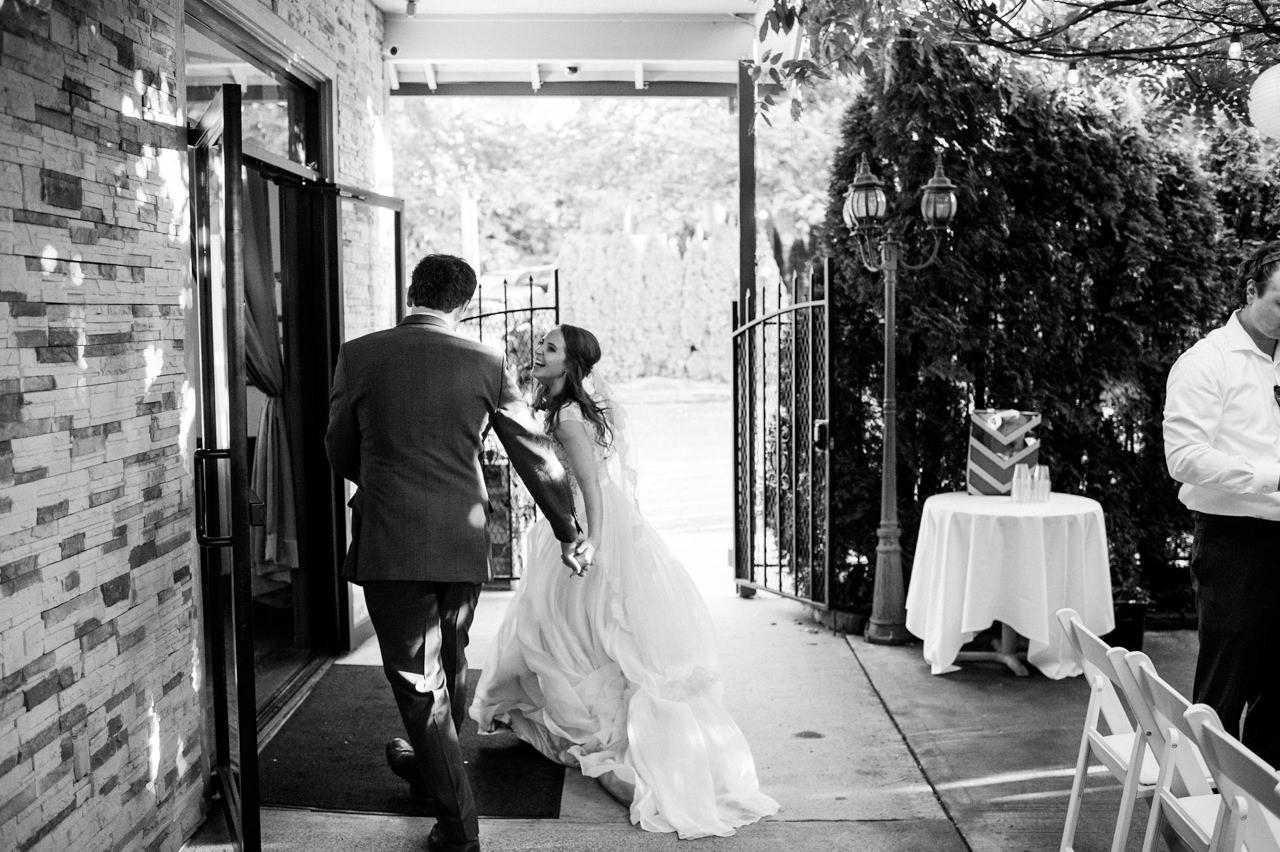 portland-troutdale-house-wedding-099.jpg
