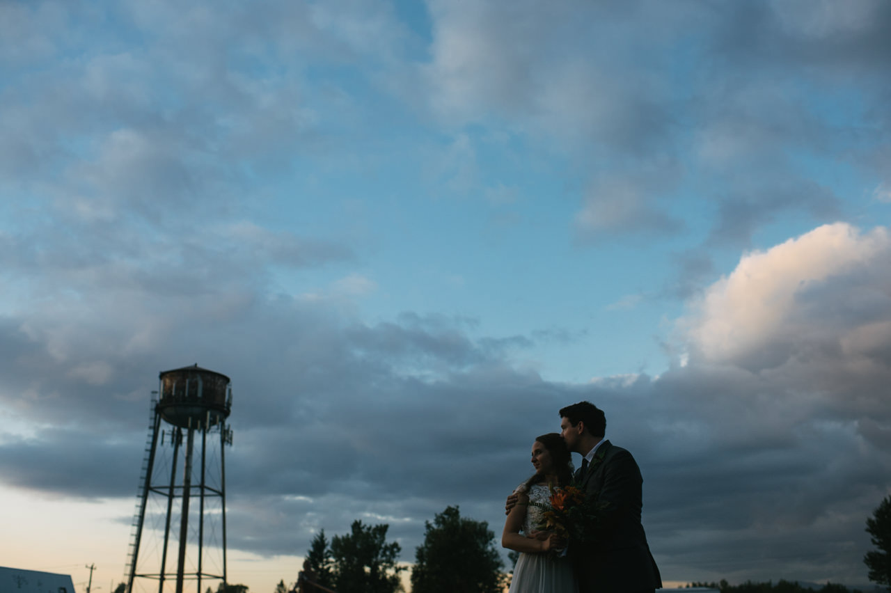 portland-troutdale-house-wedding-115.jpg