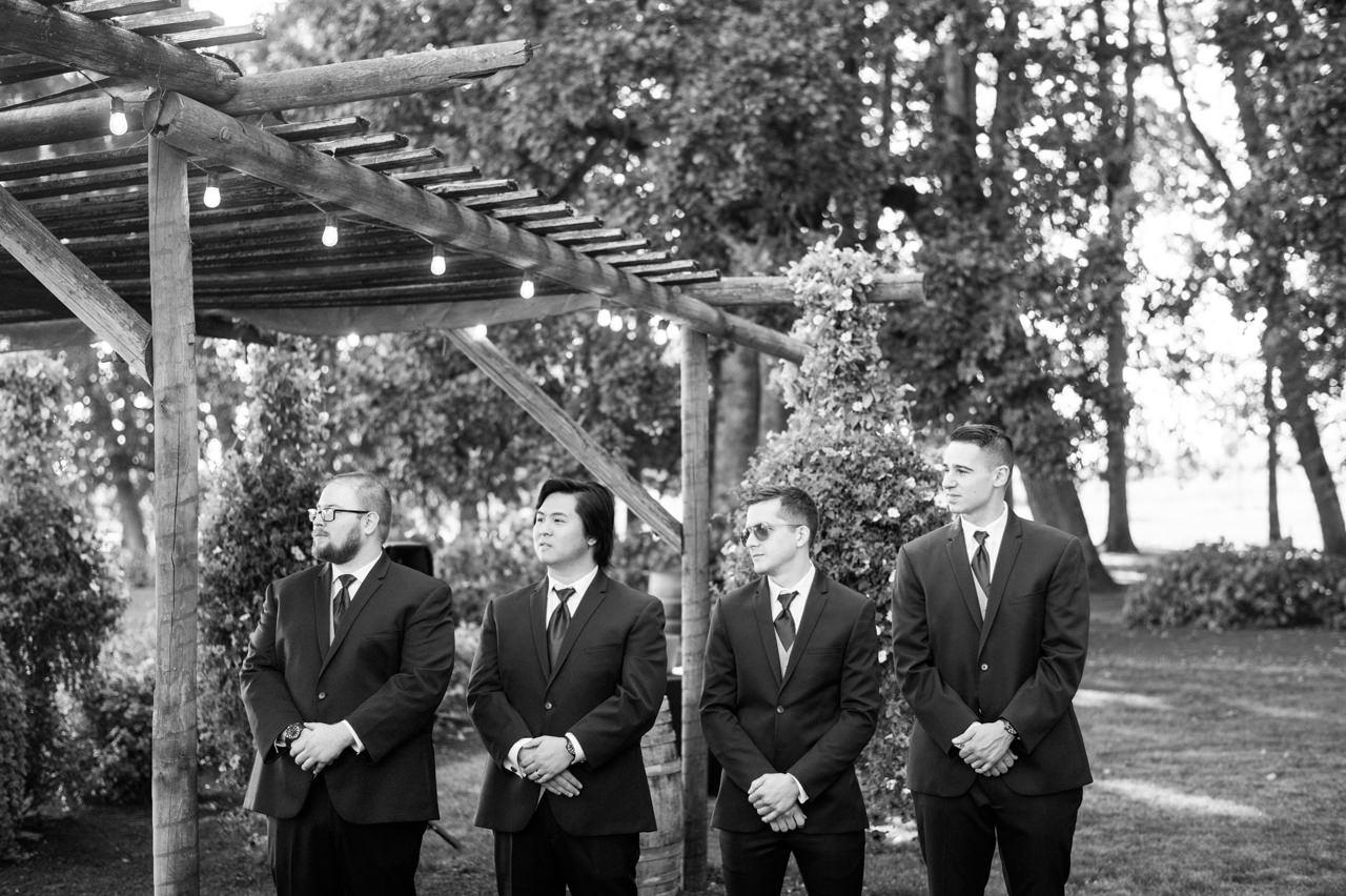 postlewaits-country-fall-wedding-036.jpg