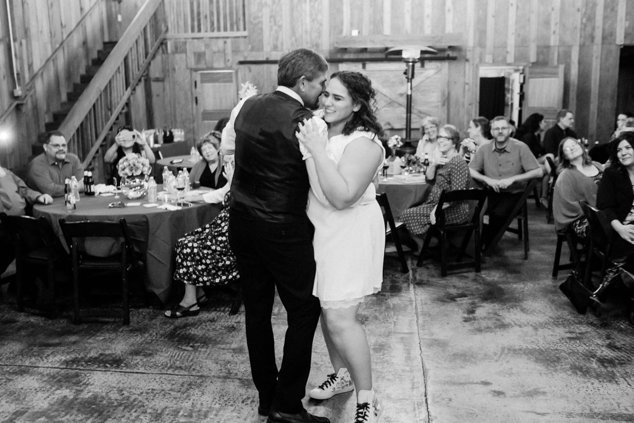 postlewaits-country-fall-wedding-062.jpg