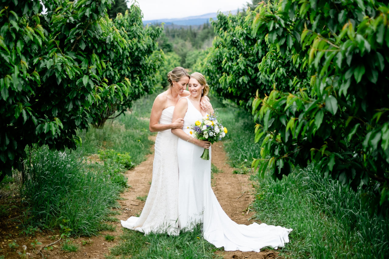 mt-hood-orchards-oregon-hood-river-wedding-022.JPG